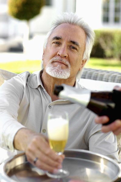 Better With Age 10 Pros And Cons Of Dating An Older Man