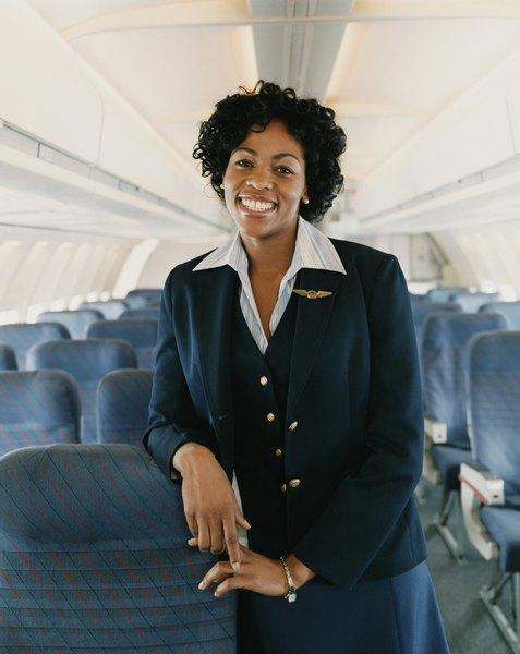 Basic Responsibilities as a Flight Attendant Woman – Flight Attendant Job Description
