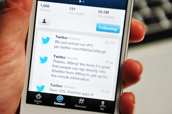 how to close twitter account from mobile