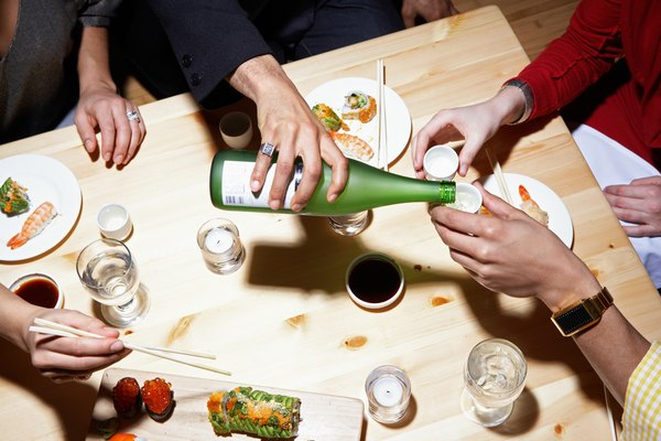 Etiquette For Eating At A Japanese Dinner Table The