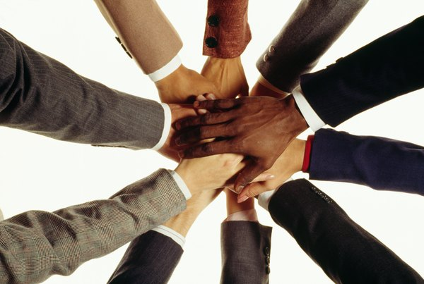 diversity of teams advantages Blog 1: diverse team introduction: diversity of a team can be defined theoretically as knowing each individual inside the group with their unique.