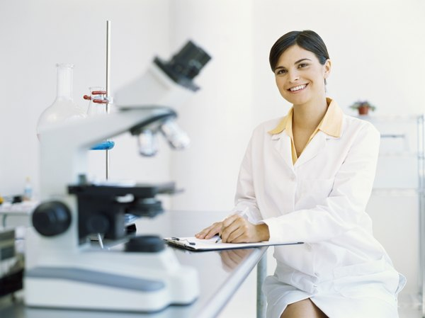 majors related to biology and chemistry relationship