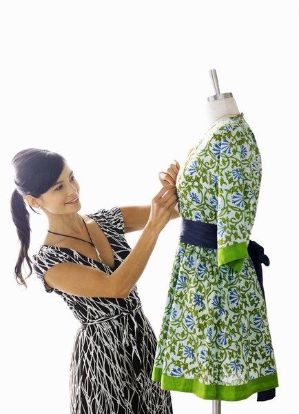 A Fashion Coordinator's Duties - Woman