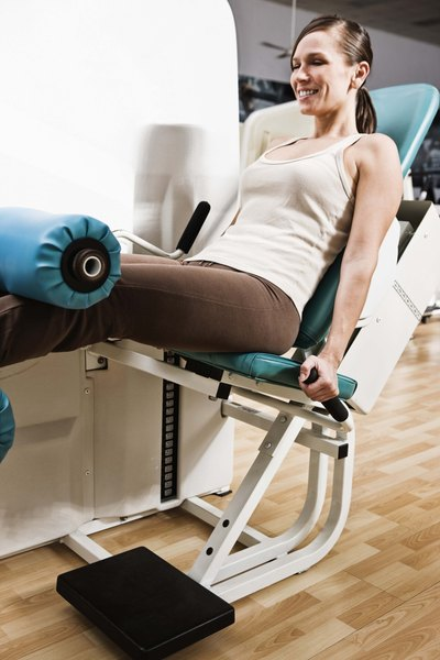 how to use weight machines at the gym