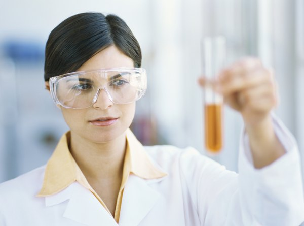 What can I do with an Associates degree in biology?