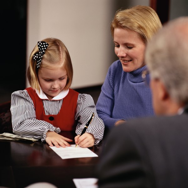 Can a Parent Open a Joint Savings Account With a Minor ...
