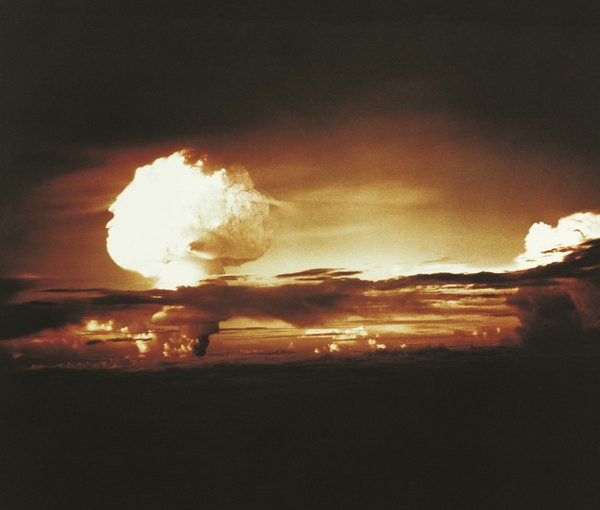 How Far Can Radiation Travel From A Nuclear Bomb