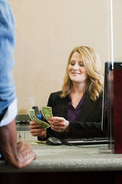 banking teller services vs customer service woman. Black Bedroom Furniture Sets. Home Design Ideas