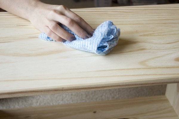 How To Protect Cedar Furniture With Oil