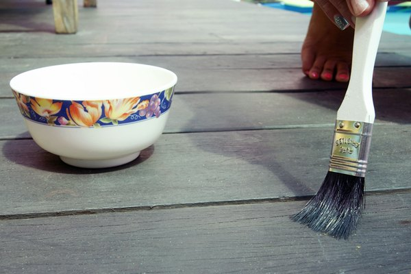 How To Prevent Slippery Wood Deck Surfaces Home Guides