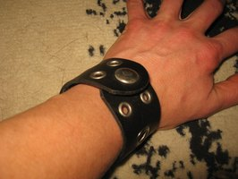 About Leather Bracelets