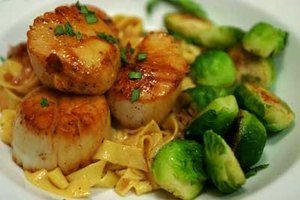 Cook Giant Scallops