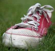 how to clean stinky tennis shoes ehow