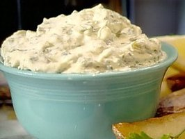 A heaping bowl of tartar sauce!