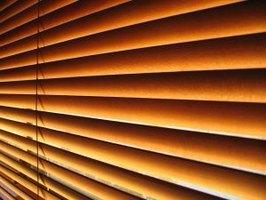 how to shorten faux wood blinds ehow. Black Bedroom Furniture Sets. Home Design Ideas