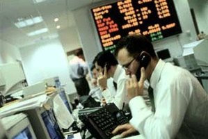 What Is the Role of a Stock Broker?