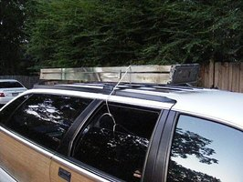 Tie a Ladder On The Roof of a Car