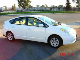 Install a Side View Mirror on a Toyota Prius