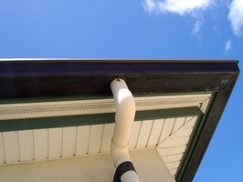 What to Clean Stained Rain Gutters With