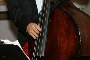 Difference Between a String Bass & a Double Bass