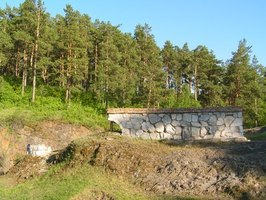Retaining wall design is based on landscape needs, codes and aesthetics.