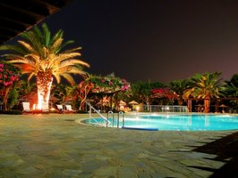 Nighttime Pool Party Ideas