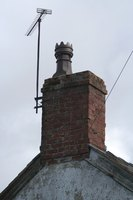 Chimney flue cracks