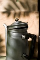 Use a Comet Aluminum Stovetop Coffee Maker