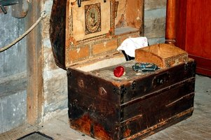 An old steamer trunk was used to transport luggage in the 1800s.