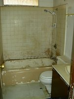 An old bathroom in need of TLC.