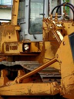 Heavy equipment mechanics do much of the work at job sites.