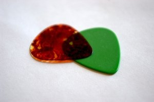 Choose the guitar pick that feels and sounds best to you.
