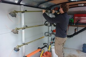 A utility trailer allows tradespeople more flexibility with their vehicles.