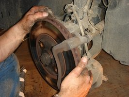 The Ford Explorer's brake rotors come off easily.