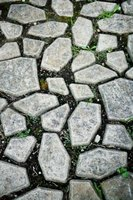 When you make your own stepping-stone mold, you control the size and shape of your paving stones.