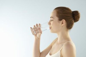 Vinegar water makes a refreshing drink with many health benefits