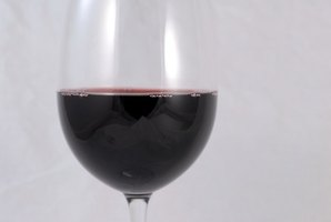 Red wine, berries and tomato-based sauces can stain plastics.
