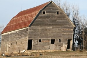 How To Paint Old Barns Ehow