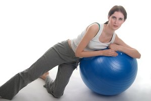 After inflation, the Bally Exercise Ball allows you to perform many exercises.