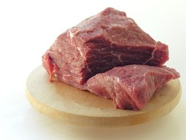 How to Cook Beef Tips in a Pressure Cooker | eHow