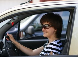 All licensed drivers are required to carry auto insurance, regardless of vehicle ownership.