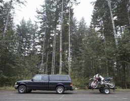 Center your trailer's leaf springs to help ensure balanced towing.