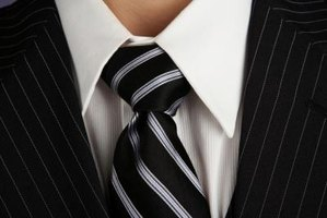 The Windsor knot is one of the larger necktie knots.