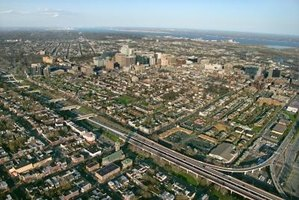 Wilmington, Delaware, is only 25 miles from Philadelphia, Pennsylvania.