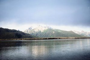 Alaska offers breathtaking geographical features and a colorful history.