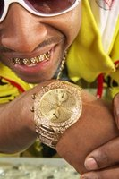 Gold grillz will look dazzling after cleaning.