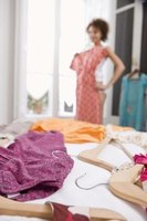 Organizing dresses makes it easier to choose what to wear.