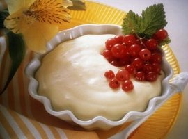 Cream pie filling should be the texture of thick pudding.