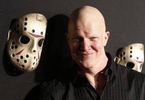 "Derek Mears, Jason in the 2009 ""Friday the 13th"" remake, and the mask."