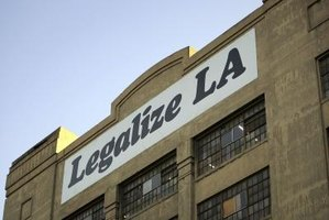 "American Apparel's ""Legalize LA"" slogan referenced ending sweatshop labor."